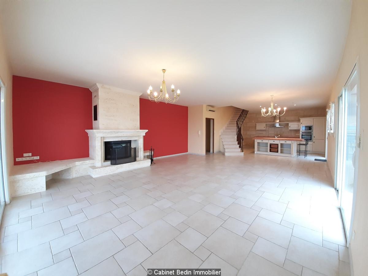 Vente maison 9 pieces marsas 4 chambres