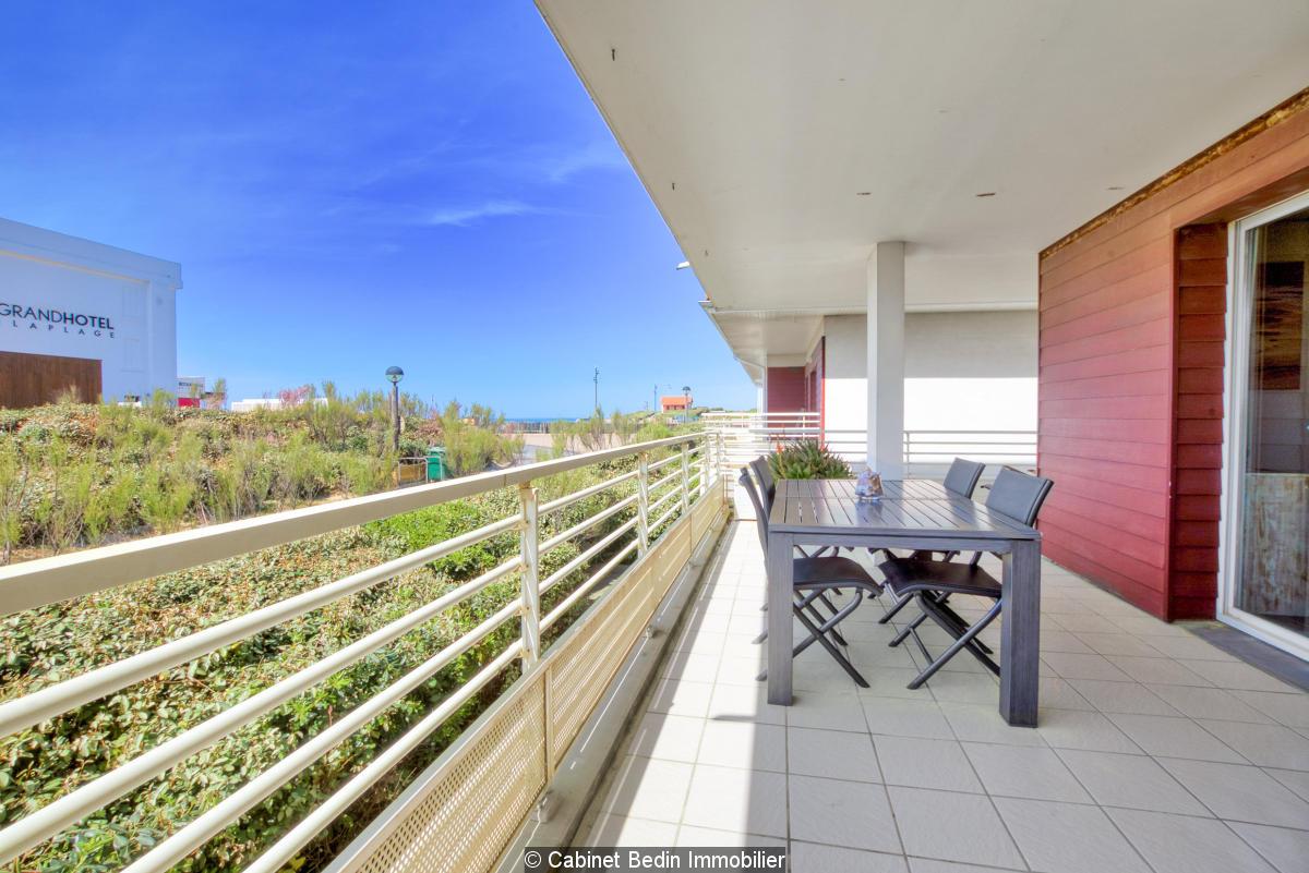 Superbe t3 avec terrasse de 23 m² vue cocéan