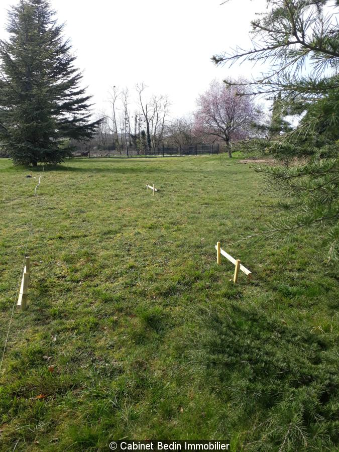 Vente terrain constructible st germain du puch