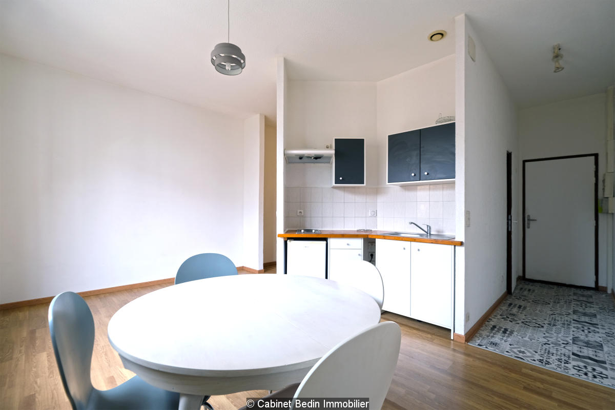 Appartement t1 bis - place fontaine chaude - dax