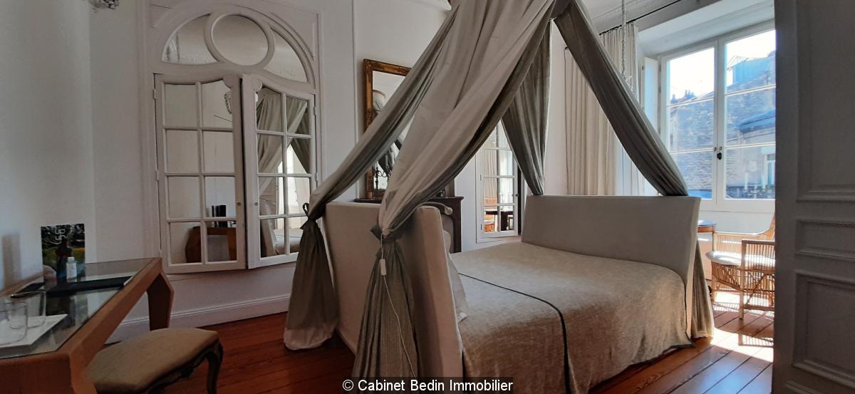 Achat Immeuble Mixte 9 pièces Bordeaux 7 chambres