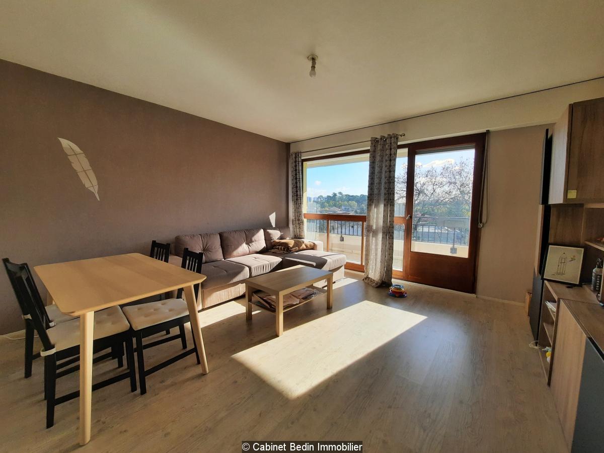 Appartement  spacieux t3 - pessac centre