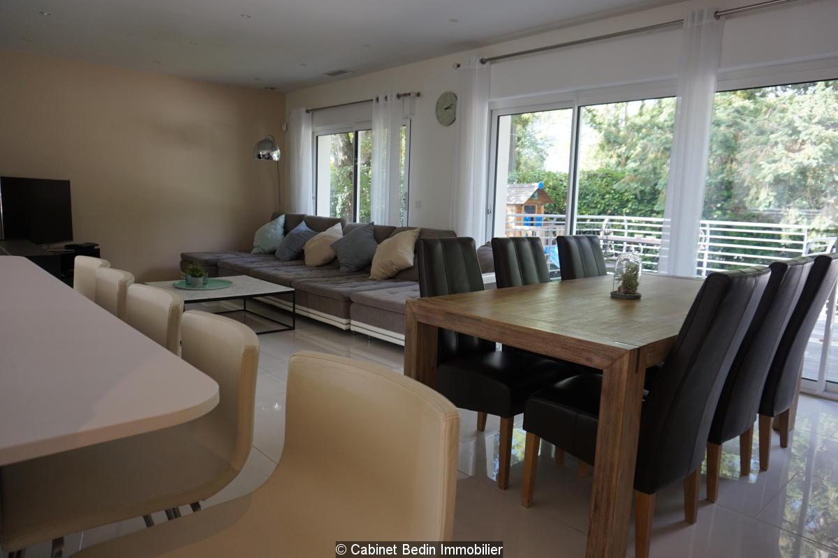 Vente maison 9 pieces floirac 4 chambres