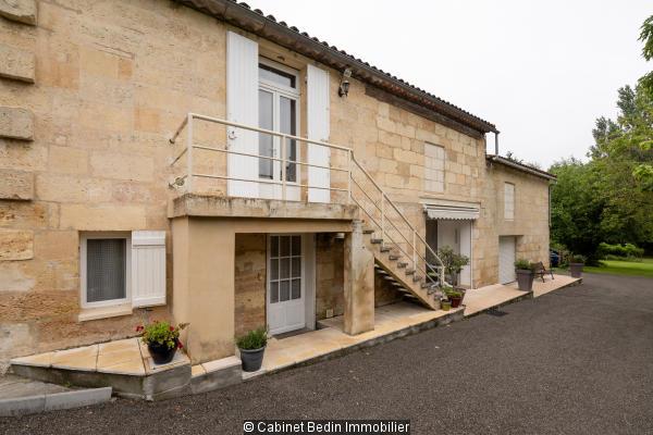 Vente Maison 9 pieces St Laurent D Arce 7 chambres